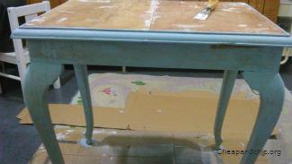 Mesa sin restaurar