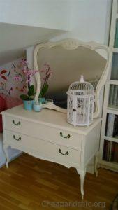 Restaurar una cómoda vintage con un poco de pintura